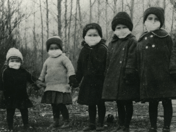 Canadian Children 1918, CANMORE MUSEUM